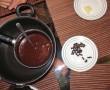 Schokoladenfondue mit Ameisen